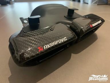 Colas de Escape 63 AMG Akrapovic Fibra de Carbono para Mercedes-Benz